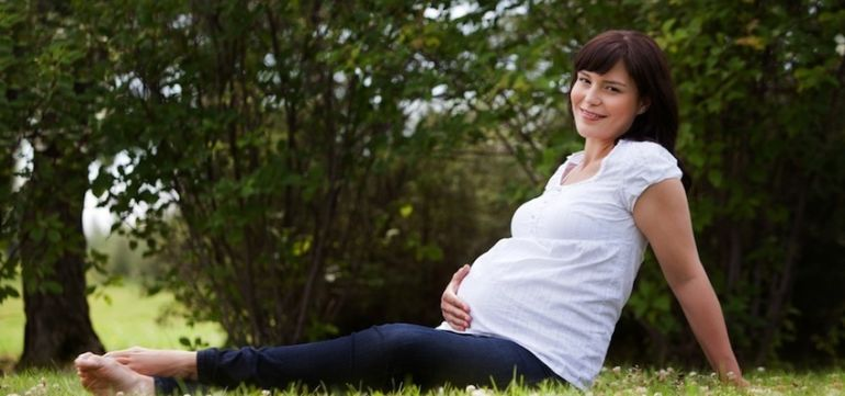 10 Tips To Have A Toxin-Free Pregnancy Hero Image
