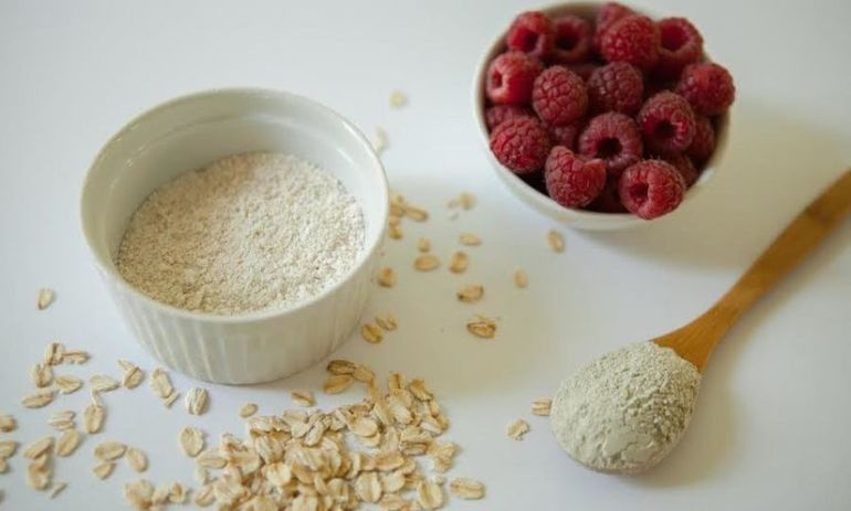 Tone & Tighten Your Skin With This DIY Raspberry Facial Mask Hero Image