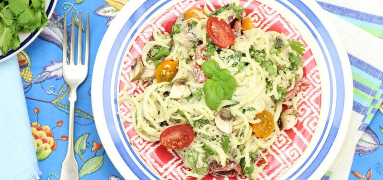 A Ridiculously Delicious (Raw!) Pasta Primavera Hero Image