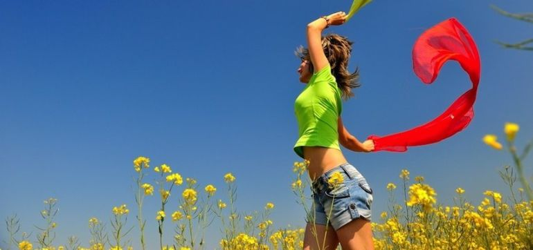 10 Instant Energy Boosts To Help You Beat Stress Hero Image