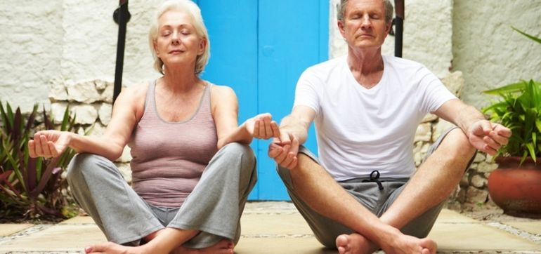 5 Lessons I Learned Teaching Yoga To Seniors Hero Image