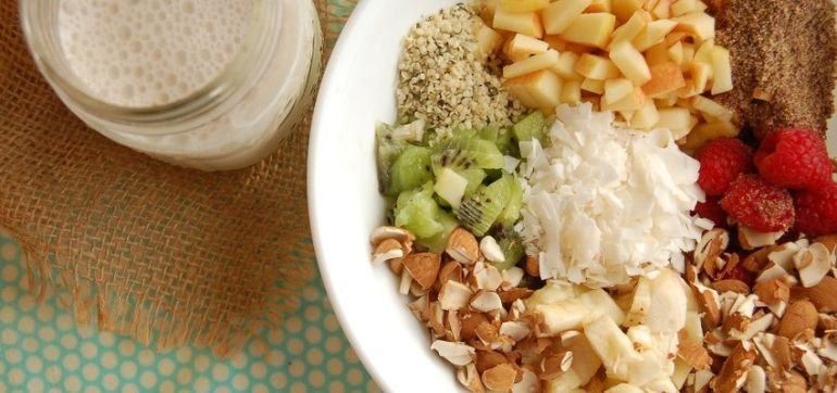 Superfood Raw Muesli (It's Delicious!) Hero Image