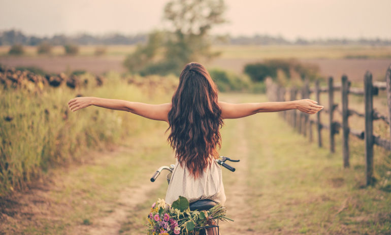7 Surefire Signs You're Following Your Heart Hero Image