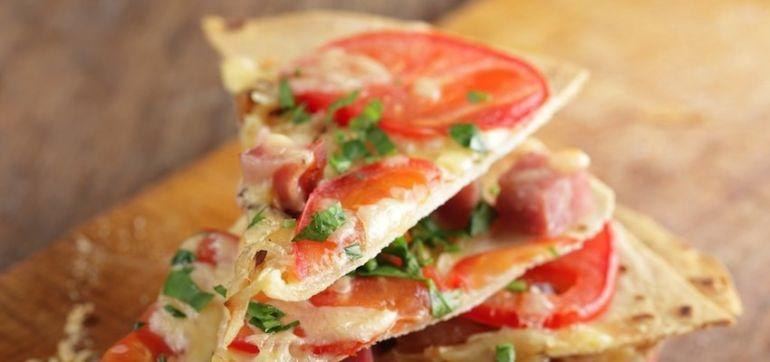 Vegan Recipe: Mexican Pizza Hero Image