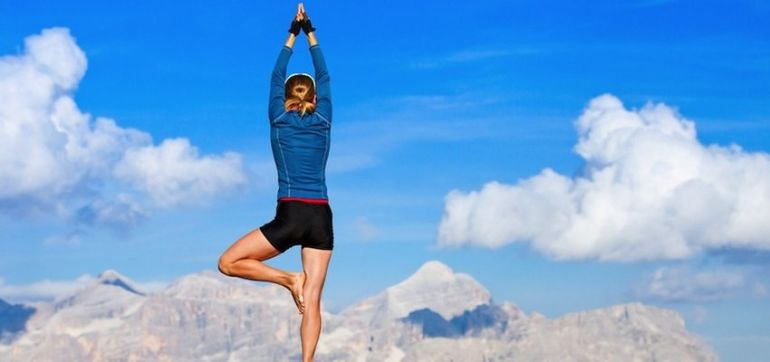 5 Reasons Yoga & Strength Training Combine Perfectly Hero Image