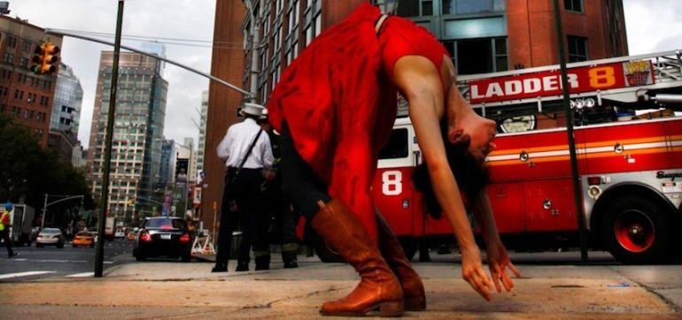 Yoga In The Streets Of New York City (Stunning Slideshow) Hero Image