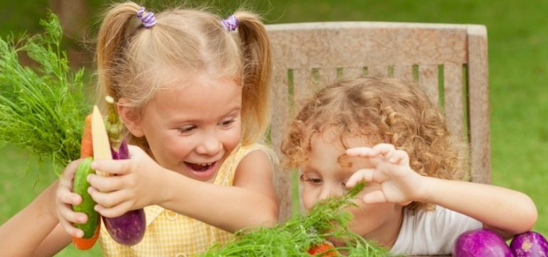 9 Ways To Help Kids Develop A Healthy Relationship With Food Hero Image