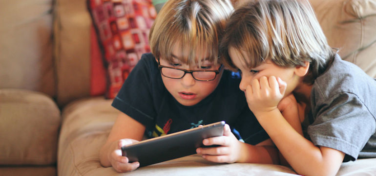 Steve Jobs Didn't Let His Kids Use Electronic Devices, So Why Should You? Hero Image