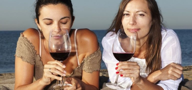 Is Red Wine REALLY Good For You? A Cardiologist Explains Hero Image