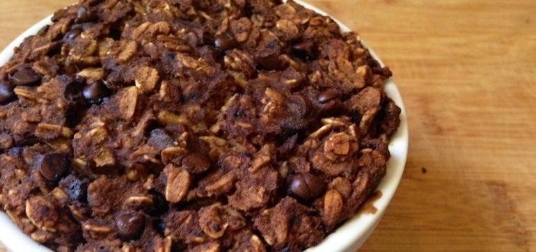 Chocolate Chip & Banana Baked Oatmeal (Gluten-Free & Vegan!) Hero Image