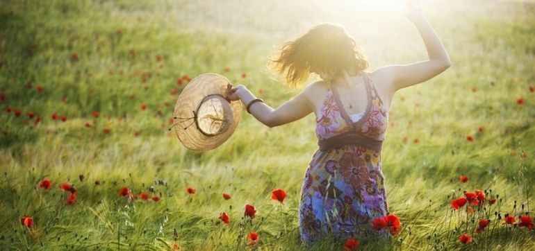 7 Ways To Stress Less + Feel Great About Your Life Hero Image