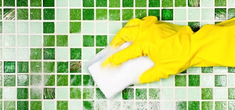 """6 Tricks That Get You To Buy """"Green"""" Products Hero Image"""