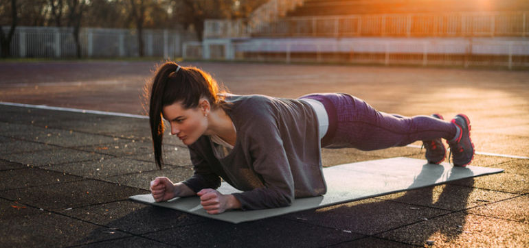 5 Reasons To Do Planks Every Day Hero Image