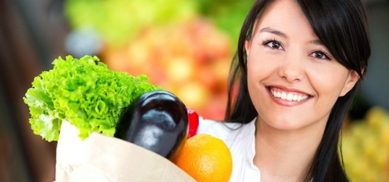 10 Easy Tricks To Grocery Shop Like A Nutritionist Hero Image