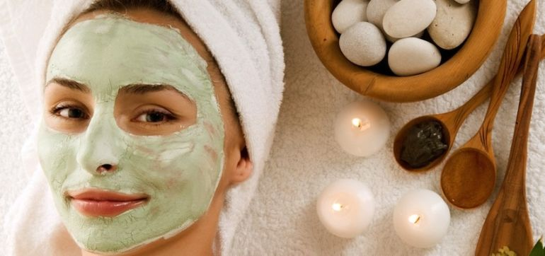 Get Gorgeous, Naturally! 5 Ways To Detoxify Your Skin Care Routine Hero Image