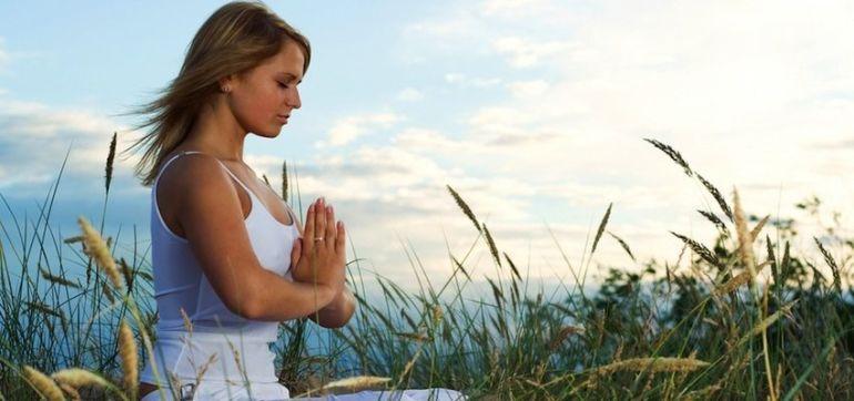 3 Ways Prayers Can Help You Heal Hero Image