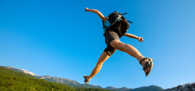 20 Life Experiences Everyone Should Try Before They Die Hero Image
