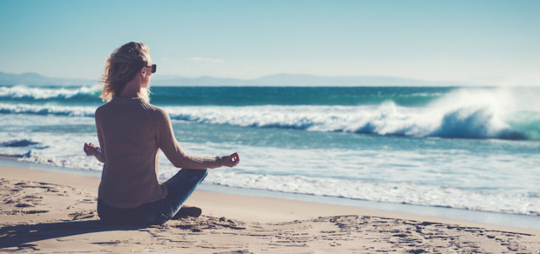 An Easy 3-Minute Meditation Video To Lift Your Mood Hero Image