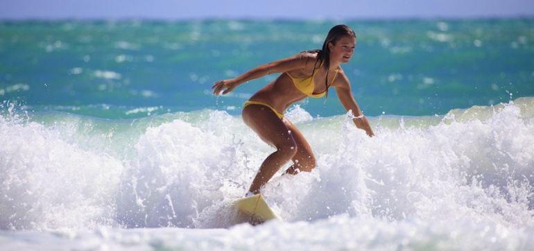7 Reasons I Love Surfing Hero Image