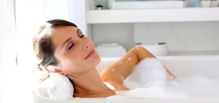 The Ultimate DIY Detox Bath To Make You Glow Hero Image