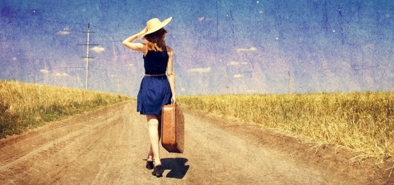 23 Tips To Feel & Look Great When You Travel Hero Image