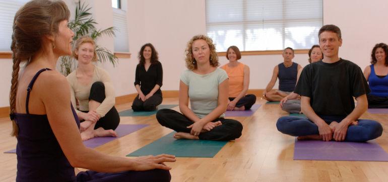 What I Wish I Knew Before Becoming A Yoga Teacher Hero Image