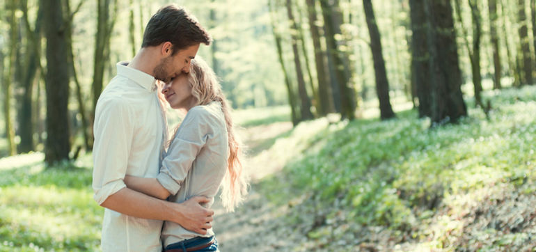 20 Signs Your New Love Interest Is Emotionally Unavailable Hero Image