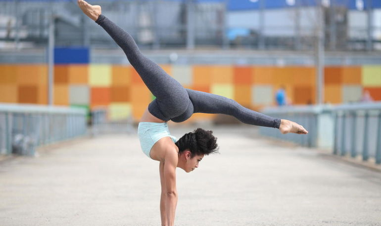 A Pro Dancer's Top 5 Tips For Becoming More Flexible, At Any Age Hero Image