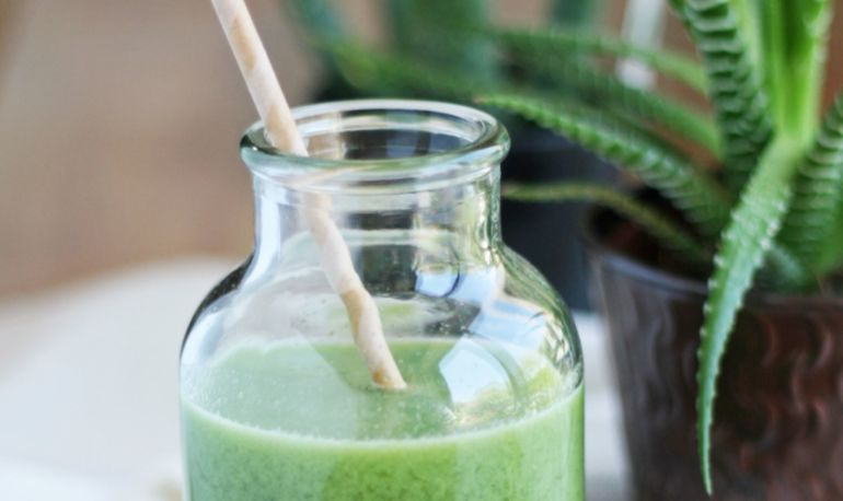 A Detoxing Cucumber-Mint Juice To Help You Power Through Humpday Hero Image