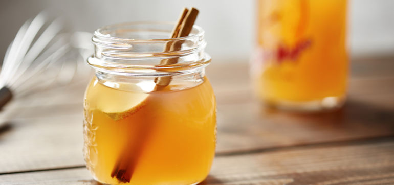 4 Easy Homemade Drinks To Soothe Your Digestion Hero Image