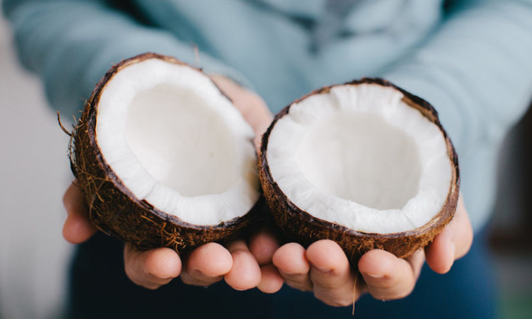 Is Babassu Oil The Next Coconut Oil? Hero Image