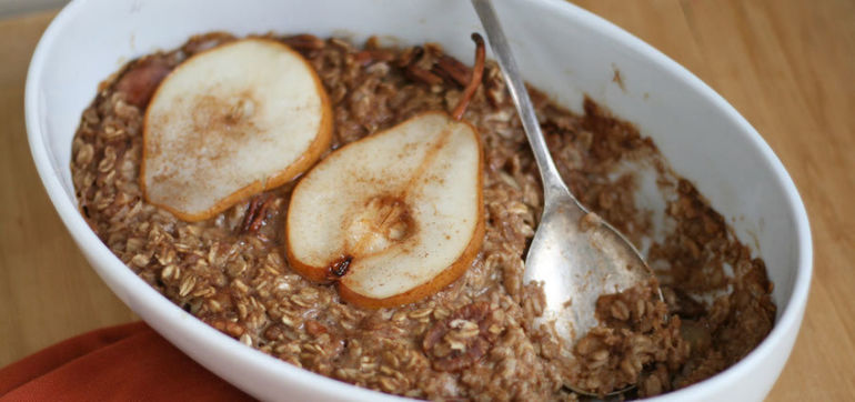 Warming Baked Oatmeal With Pears & Cinnamon Hero Image