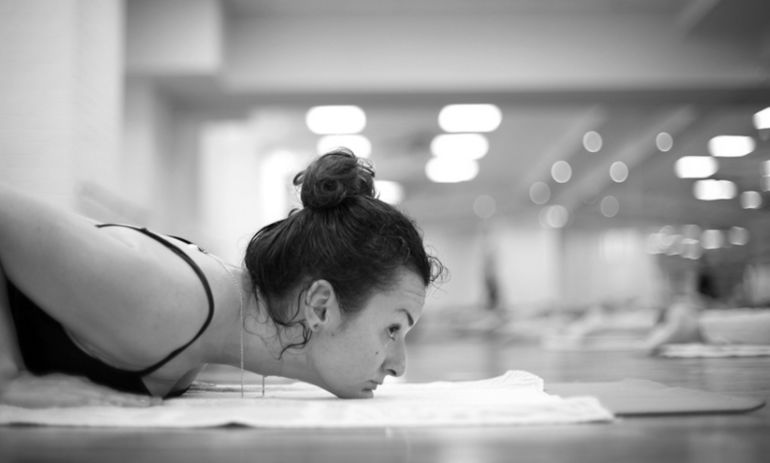 Why I Will Never Do Bikram Yoga Again Hero Image