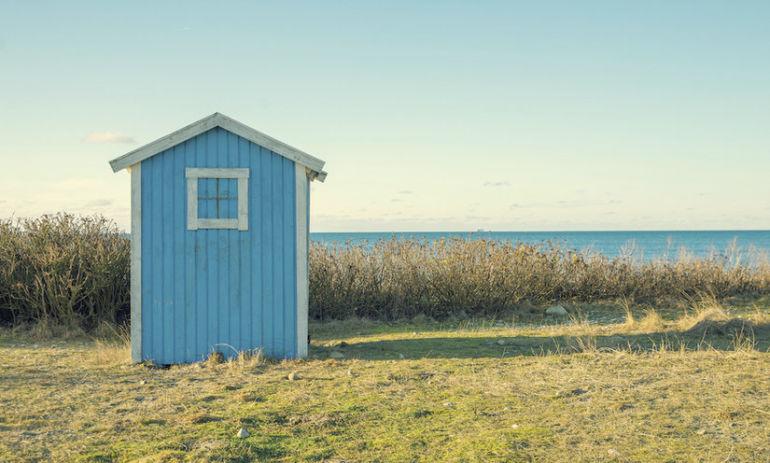 5 Big Reasons To Consider Minimalist Living Hero Image