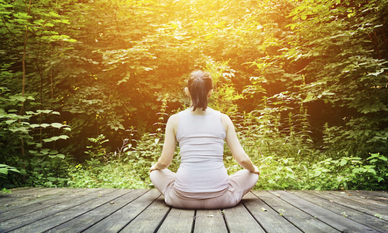 A 5-Minute Breathing Exercise To Reduce Stress & Pain Hero Image