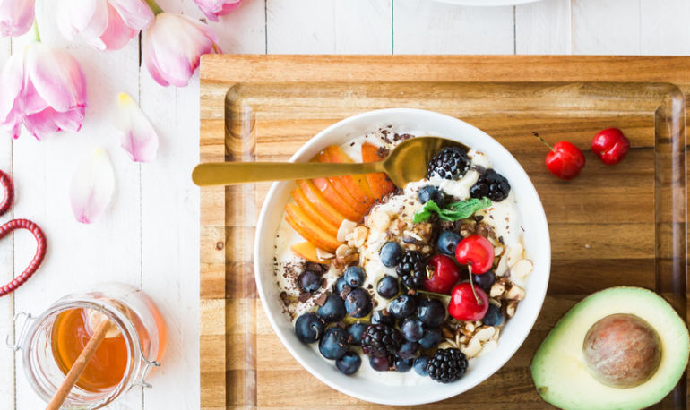 The No. 1 Mistake Most People Make When It Comes To Healthy Eating Hero Image
