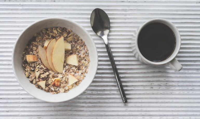 5 Healthy Food Habits That Drastically Reduced My Anxiety Hero Image