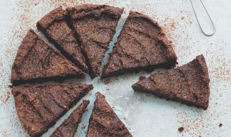 Deliciously Ella's 6-Ingredient Vegan Chocolate Cake Recipe Hero Image