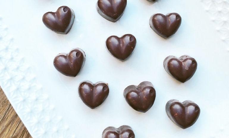 6-Ingredient Raw Chocolate Hearts Hero Image