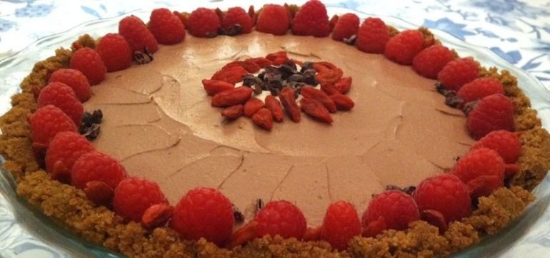 Luscious Vegan Chocolate Cream Pie (Gluten-Free) Hero Image