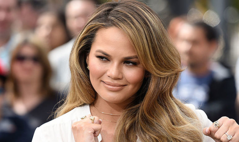 Chrissy Teigen Went Vegan For 12 Hours & Couldn't Take It Anymore Hero Image