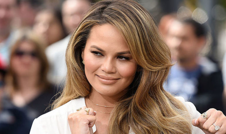 Chrissy Teigen Has The Perfect Response To Trolls Shaming Her Parenting Hero Image