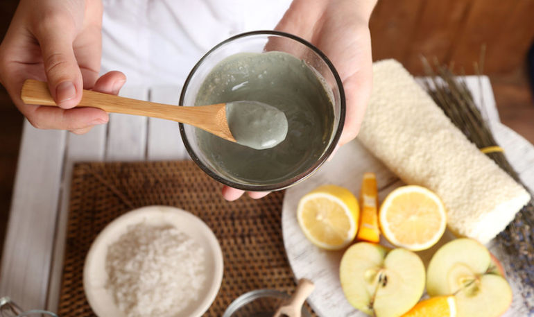 How To Use Clay For A Full-Body Detox Hero Image