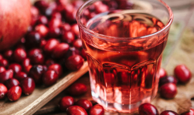 Everything You Know About Cranberry Juice And UTIs Was Just Proven Wrong. Here's A New Natural Alternative Hero Image