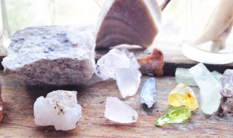I'm A Crystal Healer. Here's Why I Don't Think Meditation Is For Everyone Hero Image