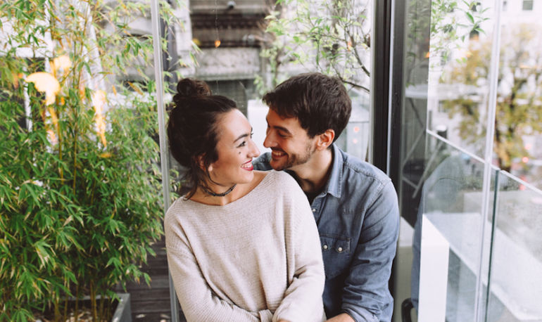 A Simple Mindful Act That Will Improve All Your Relationships Hero Image