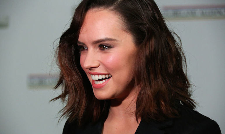 Star Wars' Daisy Ridley Has A Powerful Message About Self-Esteem On Instagram Hero Image