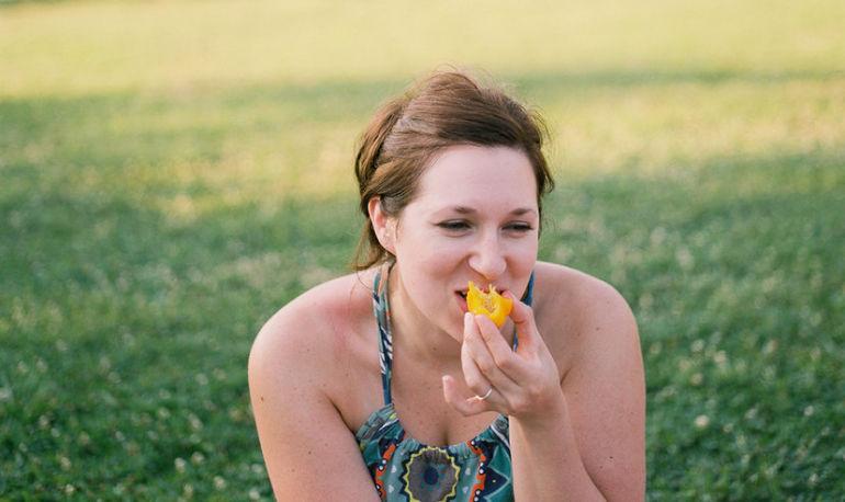 7 Ways To Banish Emotional Eating For Good Hero Image