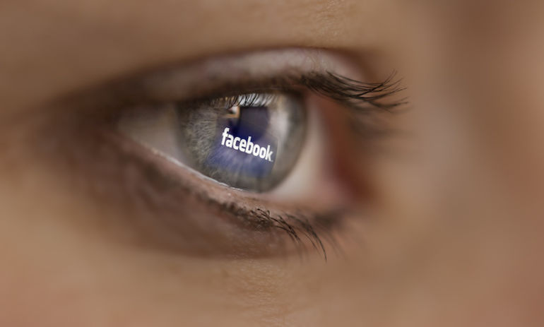"Facebook Is Developing Technology To Help The Blind ""See"" Photos Hero Image"