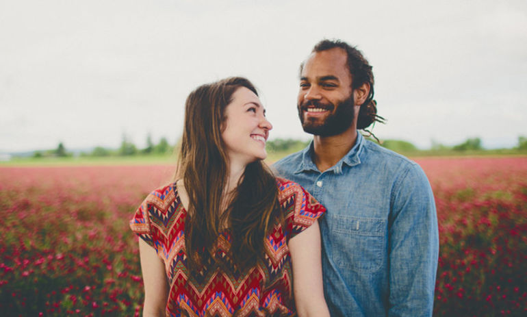 14 Questions To Ask Yourself If You Want Deep, Lasting Love Hero Image